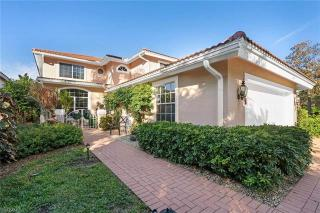 260 Edgemere Way E  Naples