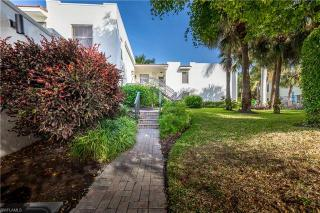 806 10th Ave S 806 Naples