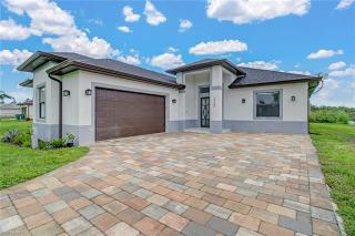 3765 39th Ave Naples