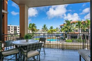 1540 5th Ave Naples
