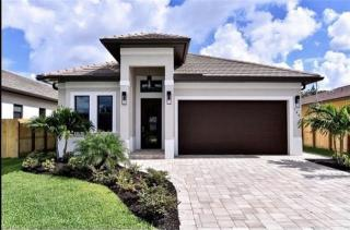 535 97th Ave Naples