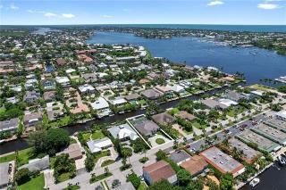 1500 Curlew Ave   Naples
