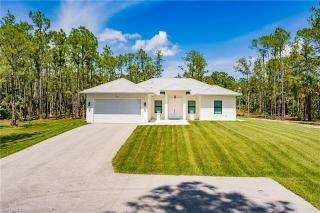 3703 45th Ave Naples